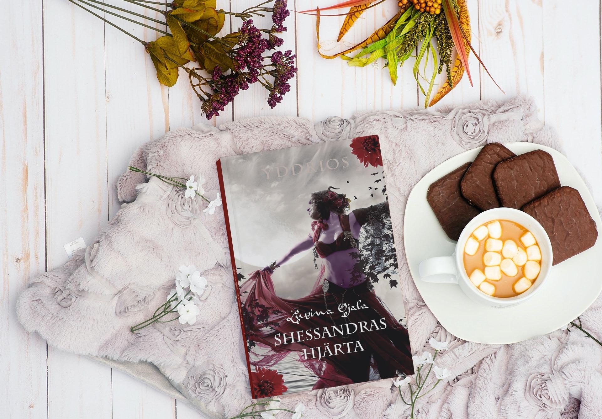 Bok Sehssandras hjärta med fika och blommor